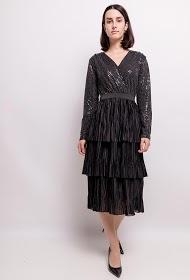 LOVIE LOOK pleated dress