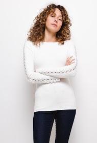 LOVIE LOOK sweater with fantasy sleeves