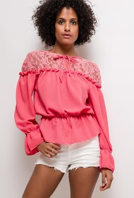 LUCKY 2 blouse with lace
