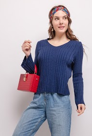 LUCKY 2 ribbed sweater