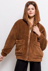 LUCKY JEWEL plush coat