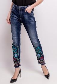MOZZAAR  FOREVER jean avec broderies et strass