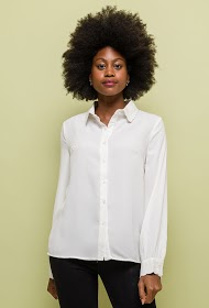 NOÉMIE & CO shirt with embroidered collar