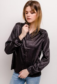 NOÉMIE & CO silky shirt