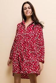 NOéMIE & CO robe fluide imprimée. la mannequin mesure 176cm et porte du s/m. longueur:90cm
