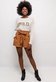 NOÉMIE & CO shorts with belt