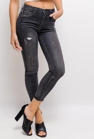 QUEEN HEARTS worn skinny jeans