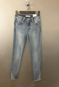 REDIAL skinny jeans with pearl details at the bottom of the legs
