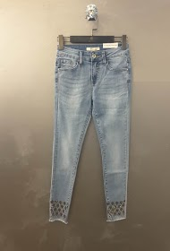 REDIAL skinny jeans with sequin details on the lower legs