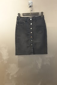 REDIAL denim skirt with buttons on the front