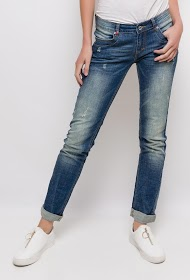 REMIXX jean with rips