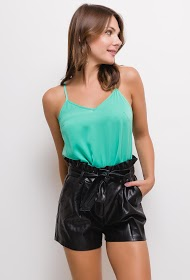 SOFTY faux leather shorts with belt