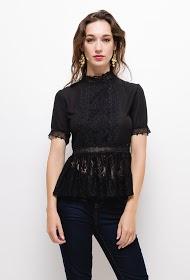 SOKY & SOKA blouse with lace