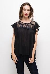SOKY & SOKA ruffled blouse with embroidery