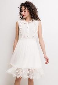 SOKY & SOKA ruffled dress with lace