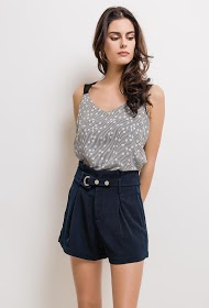 SOPHYLINE shorts with belt