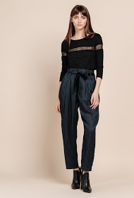 SWEEWË belted trousers