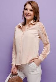 UNIKA chemise avec dentelle