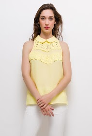 UNIKA top with lace