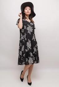 VETI STYLE flowery lace dress