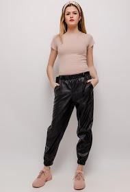 WILLY Z faux leather pants