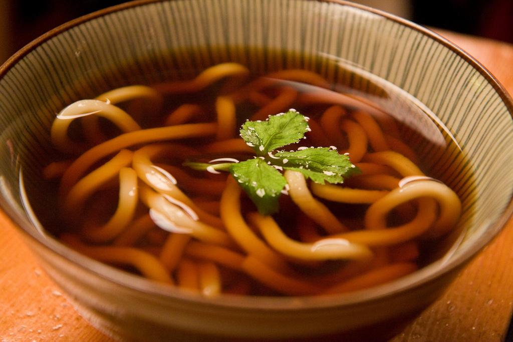Udon, traditionnelles nouilles japonaises