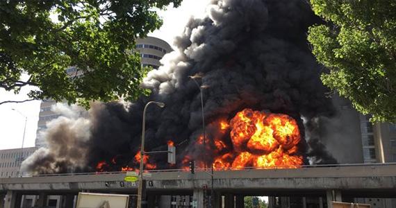 Incroyable incendie et explossion sur la métropolitaine