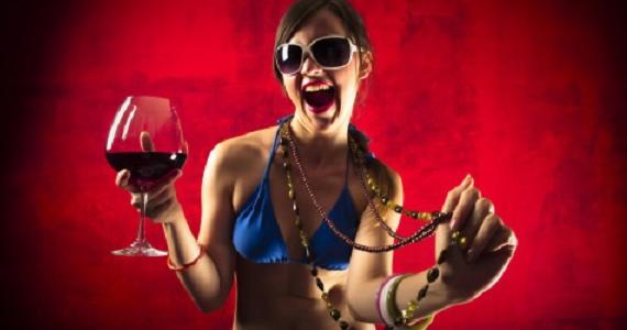 Boire du vin réduit votre tour de taille!