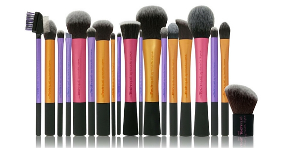 Win a Real Techniques Makeup Brush Set