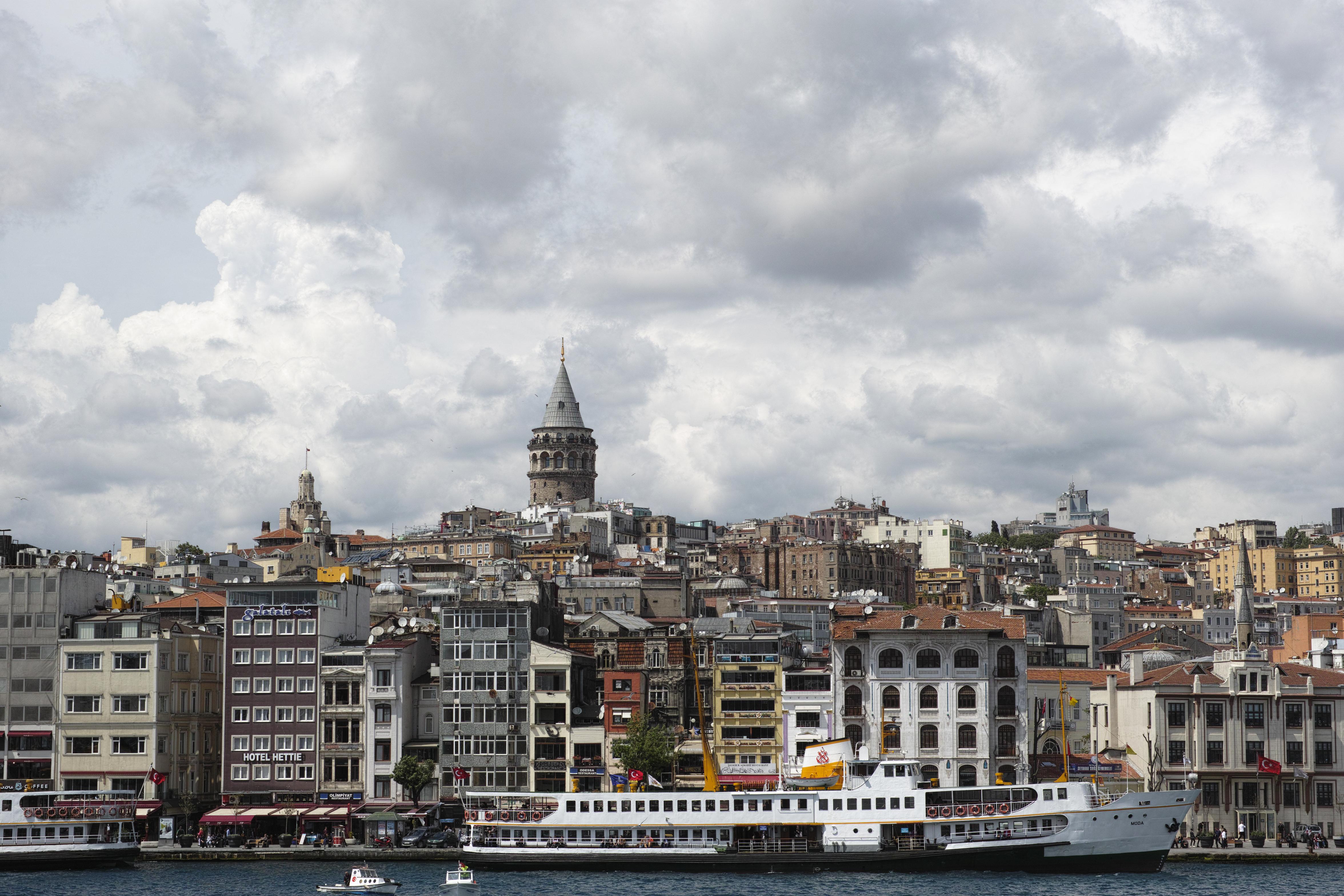 İstanbulda on binlerce konut satılamadı