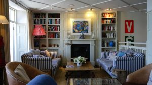 mavi renkli ev dekorasyonu
