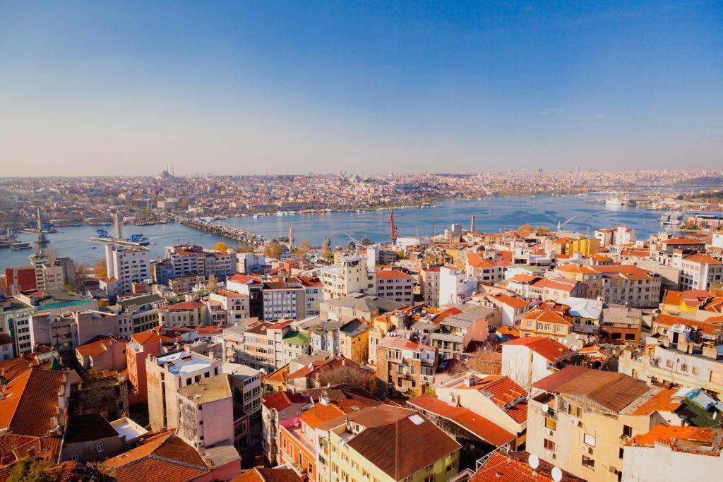 Kadıköy'de Ev Satmak İsteyenler Ne Yapmalı?