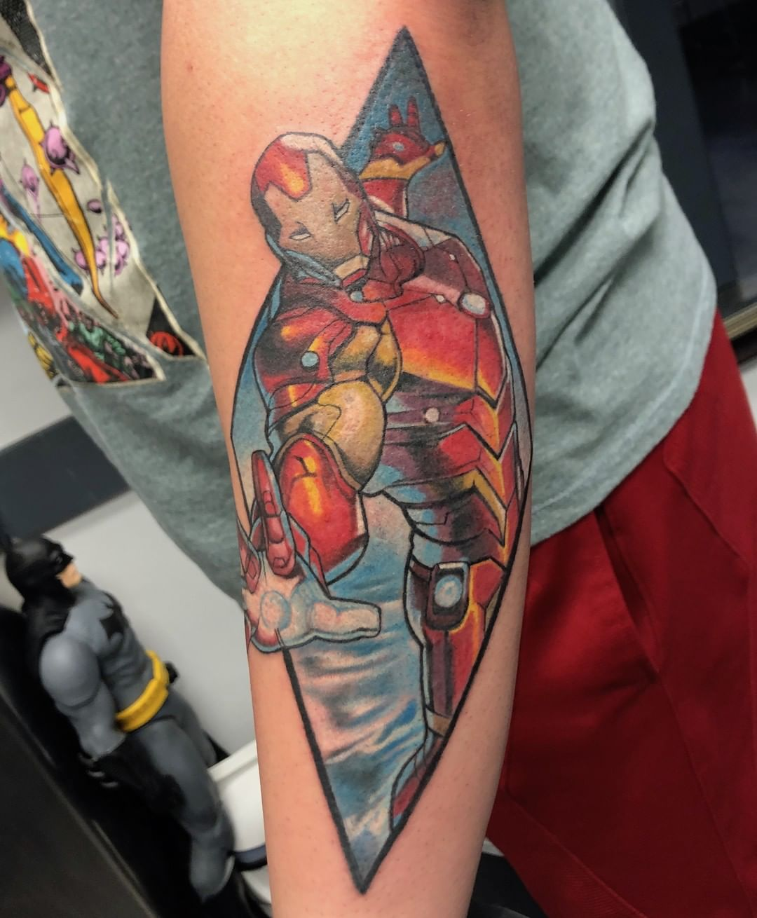 Book lovers tattoo of Iron Man