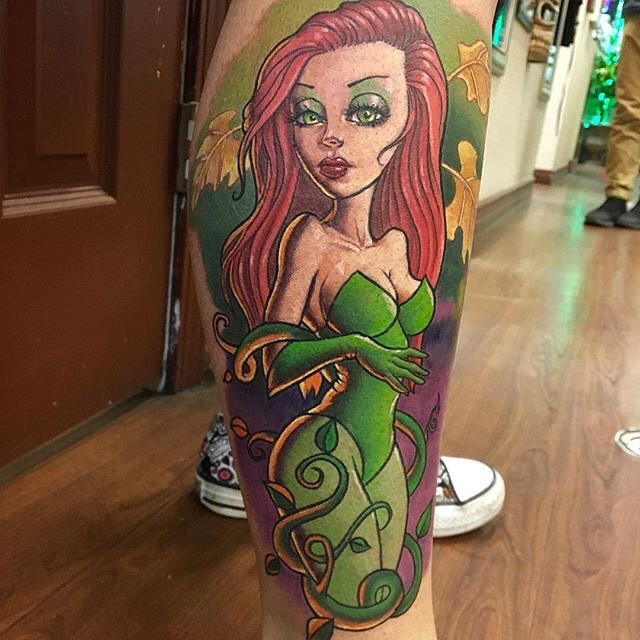 Book lovers tattoo of Poison Ivy