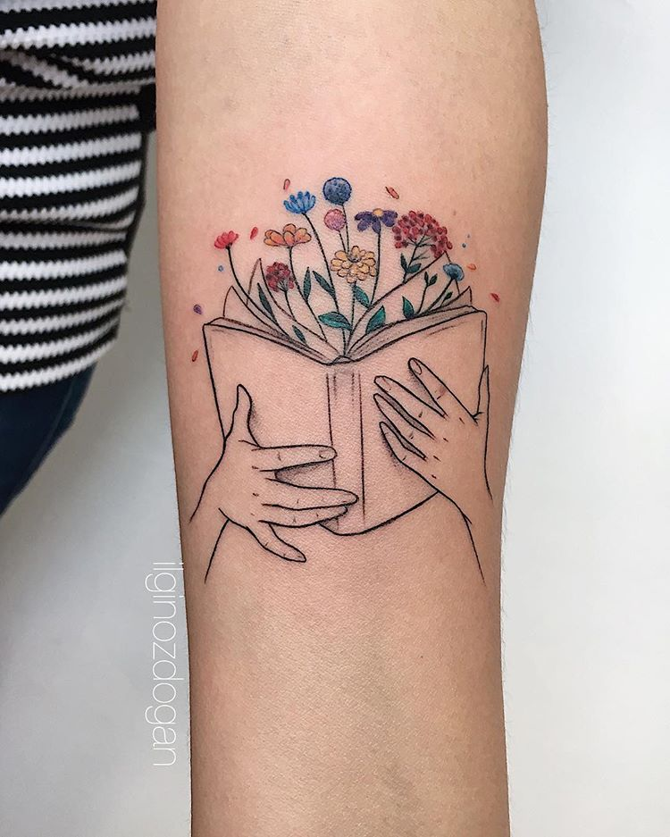 Book lovers tattoo