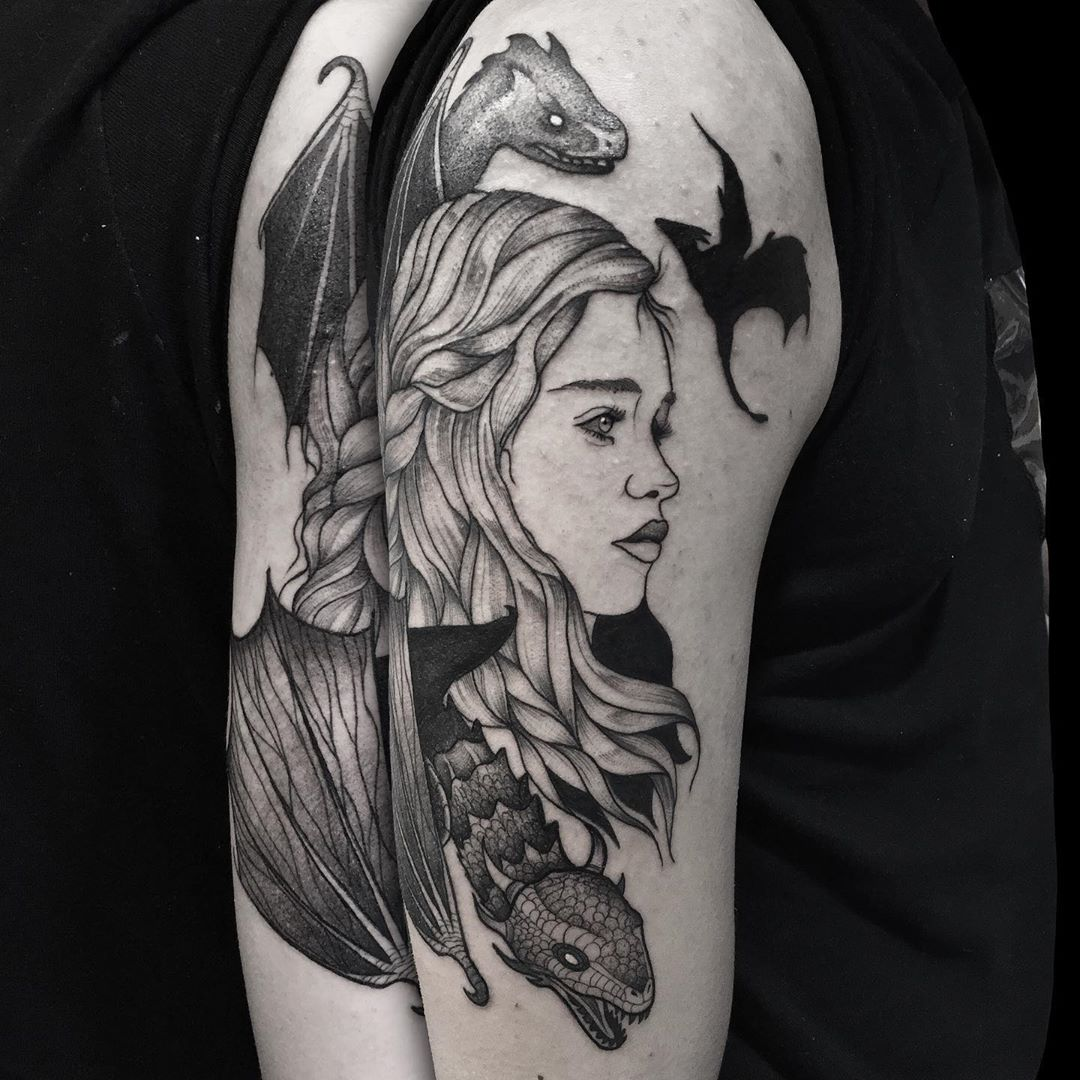 Book lovers tattoo of Daenerys from Game of Thrones