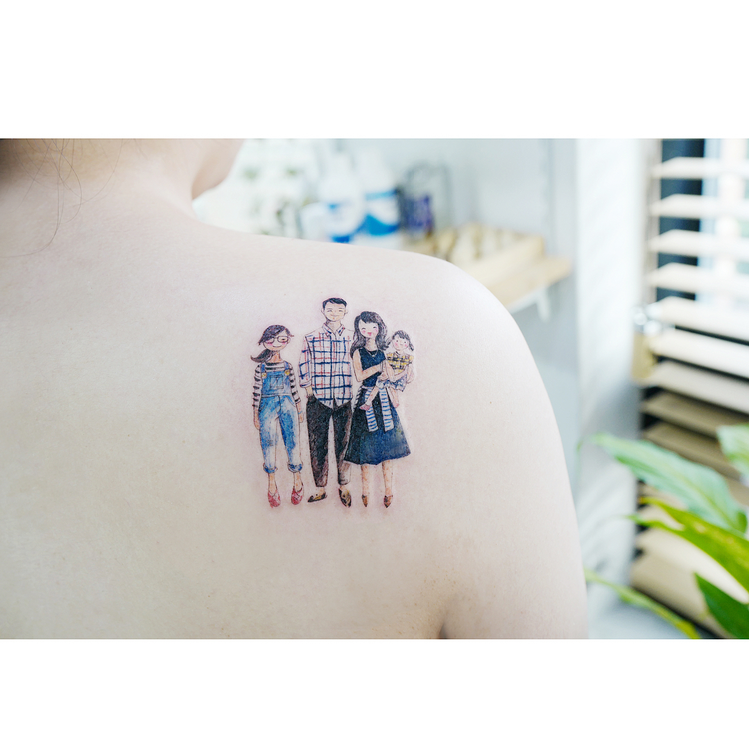 Family tattoo on the shoulder by Banul