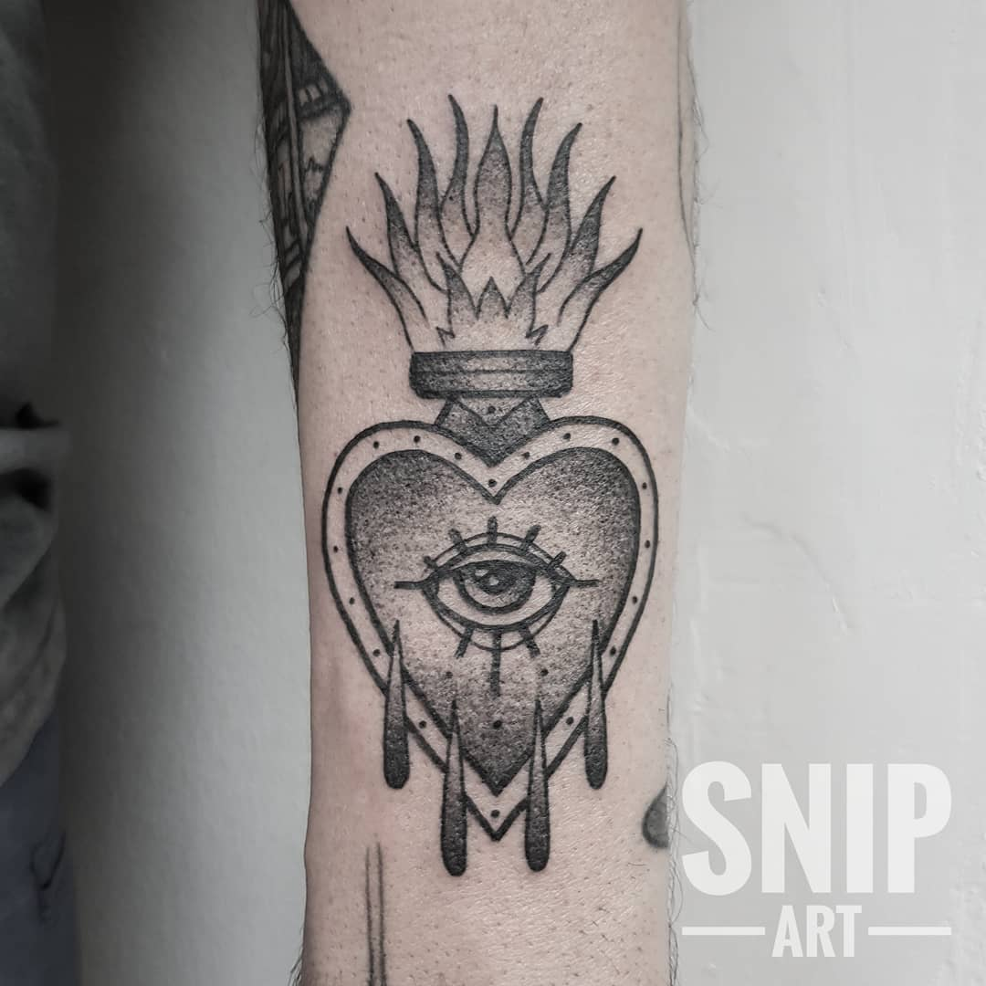 Sacred heart eye tattoo from snip_art
