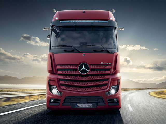 Commercial MERCEDES-BENZ ACTROS 3344/45 E5 6X4 F-C AT