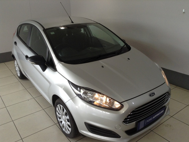 FORD FIESTA 1.0 ECOBOOST AMBIENTE 5MT 5DR