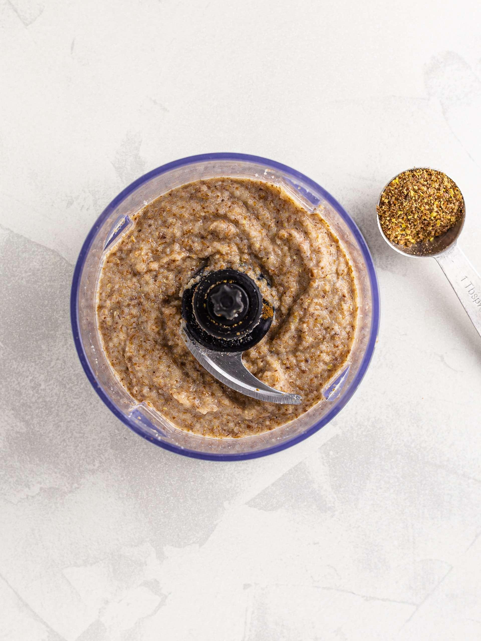 raw buckwheat porridge with flaxseeds
