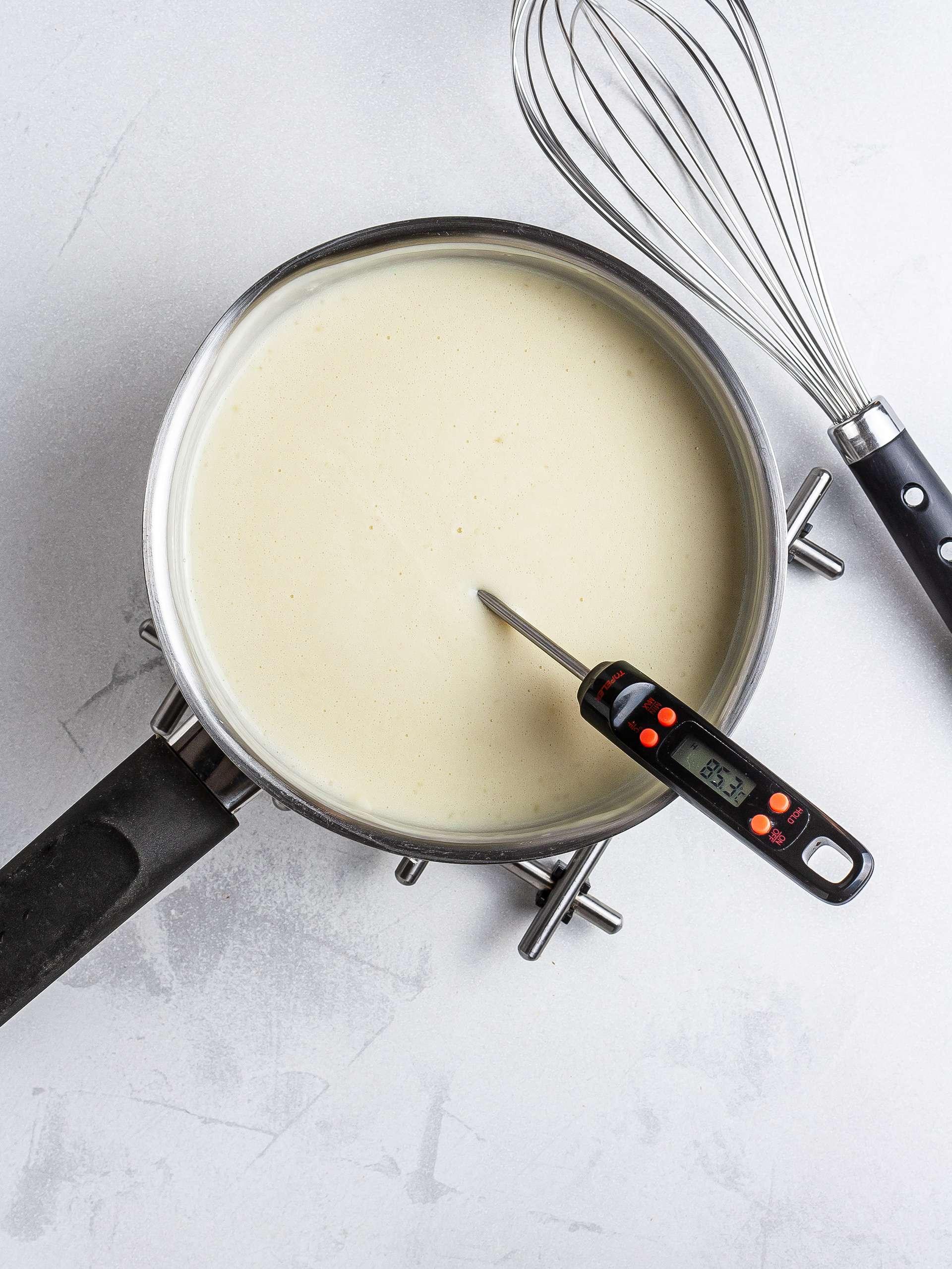 Oat milk boiling