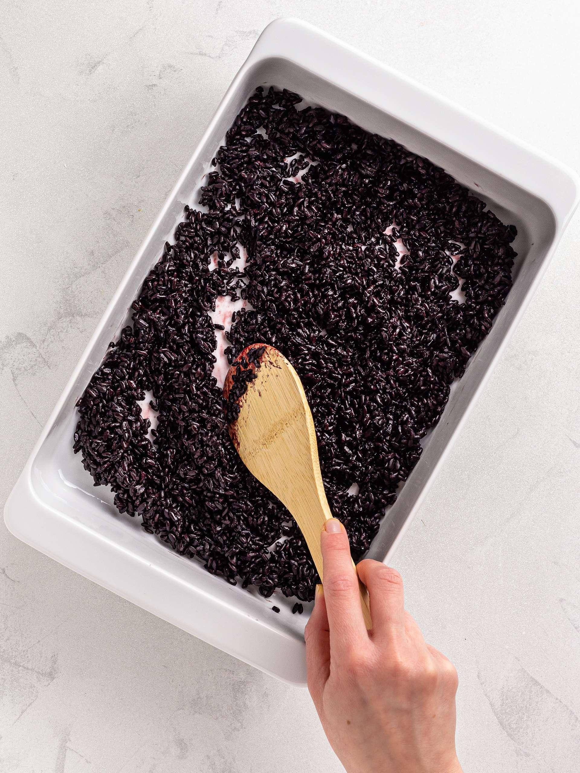 seasoned black rice for sushi