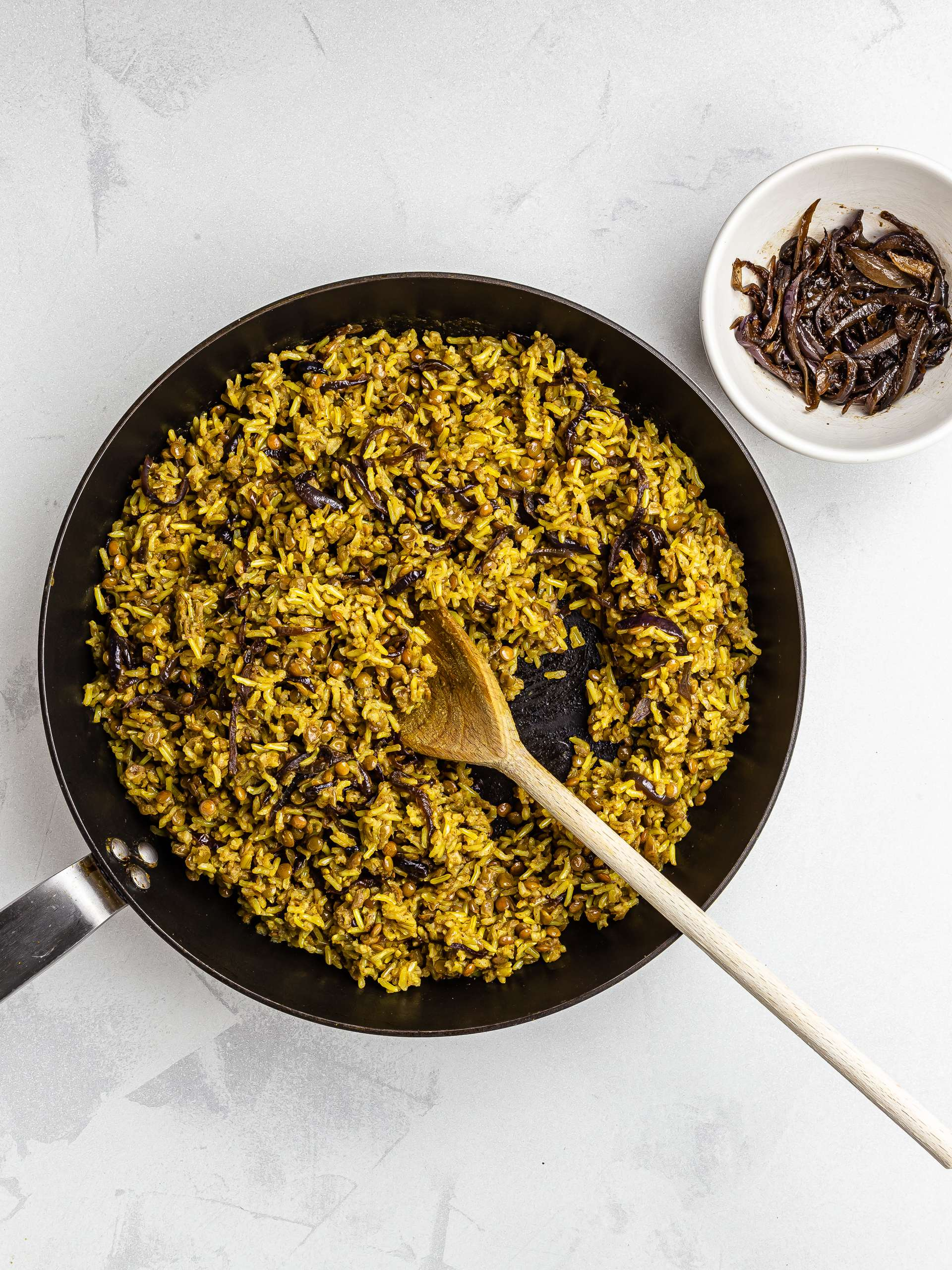 caramelised onions with lentils rice