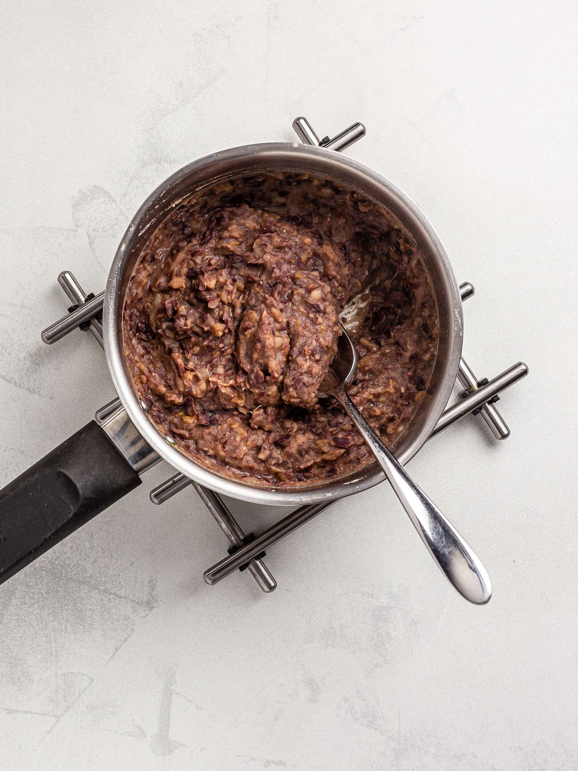 adzuki beans cooking with dates for anko paste