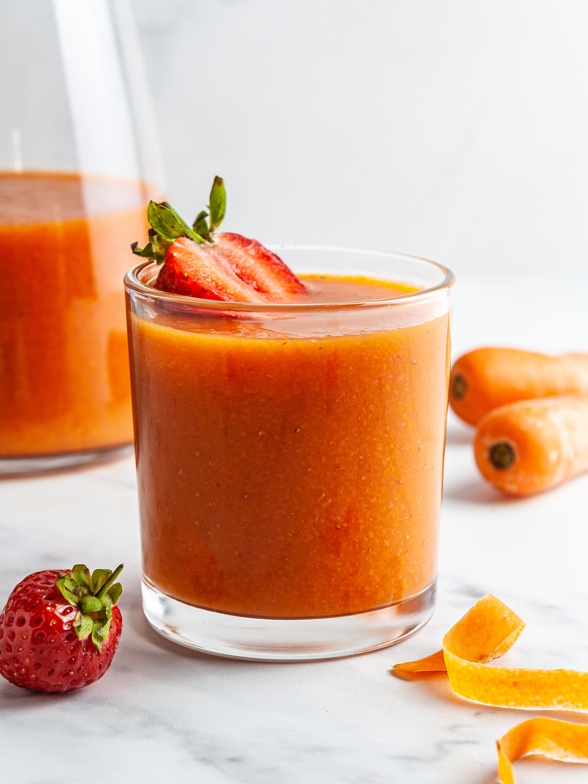 Carrot Strawberry Smoothie Recipe Thumbnail