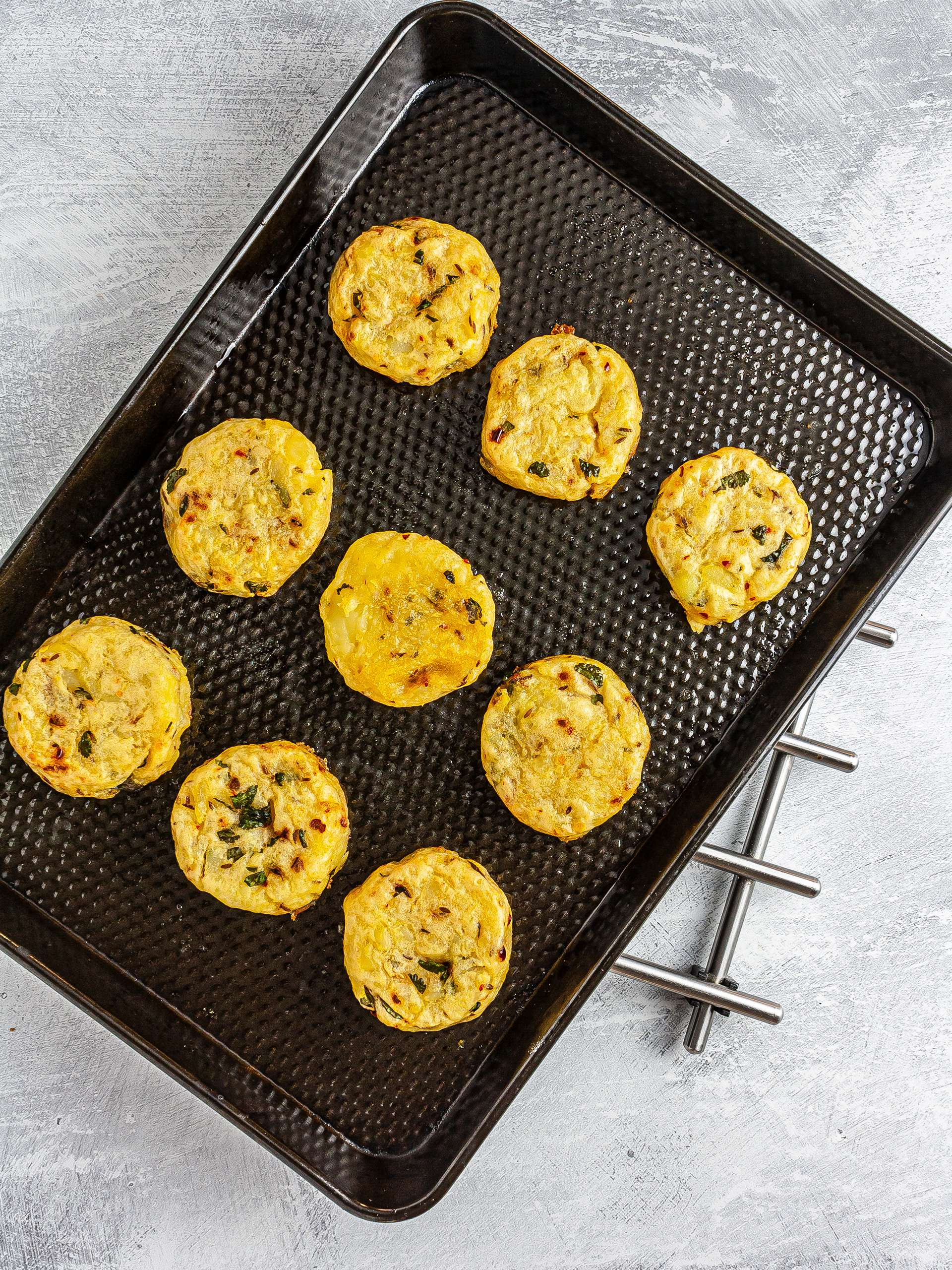Oven-baked aloo tikki potato fritters