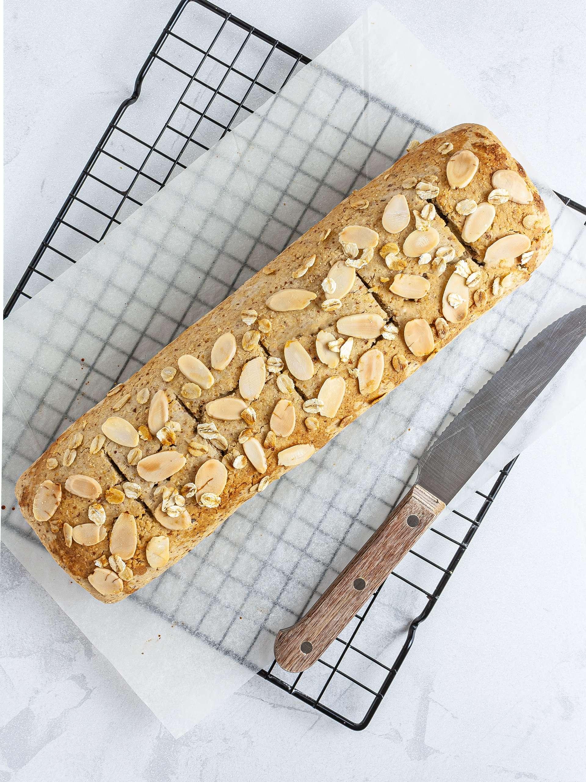 Baked gluten-free strudel