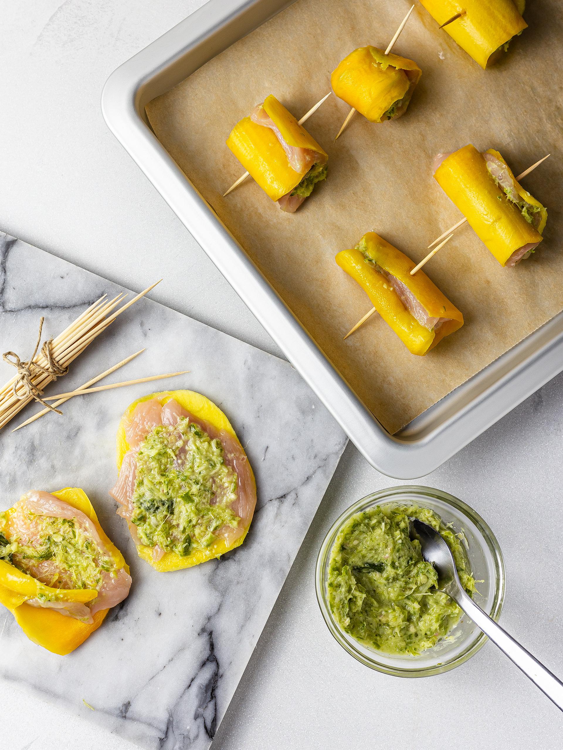 Mango chicken rolls with thai chili sauce filling