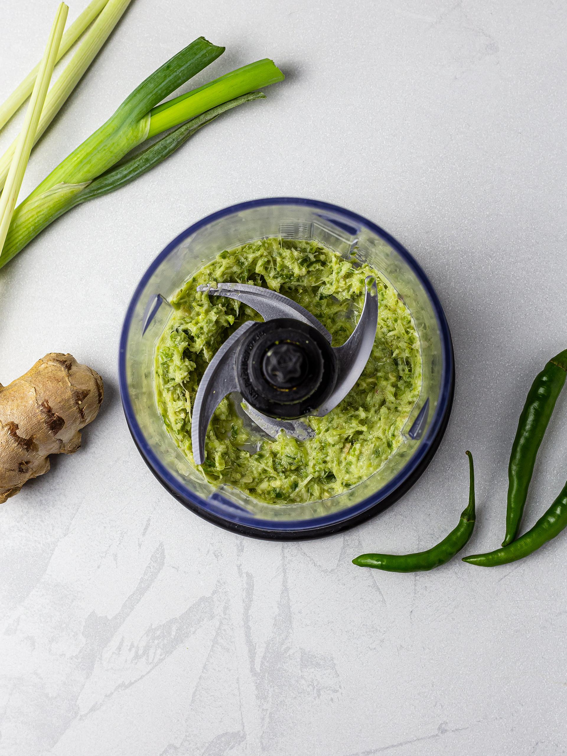 Thai chili sauce with ginger and lemongrass